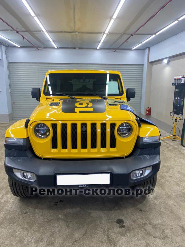 Jeep-ремонт лобового стекла на Профсоюзной
