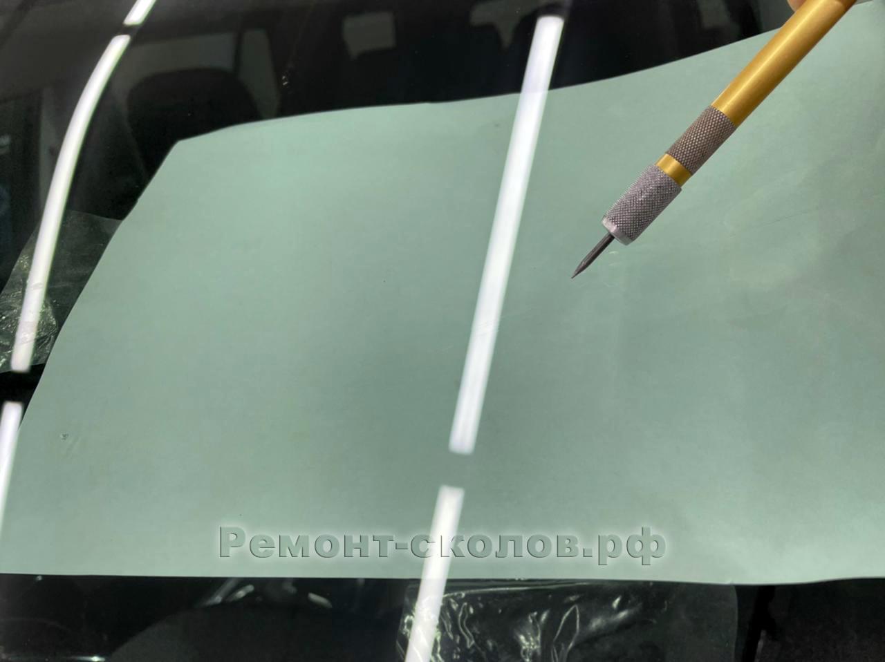 Chevrolet Traverse ремонт трещины на лобовом стекле в Новых Черемушках