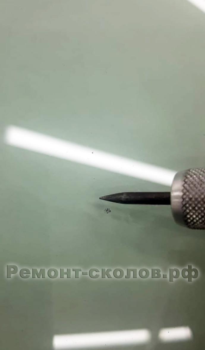 Ремонт скола на лобовом стекле БМВ Крылатское